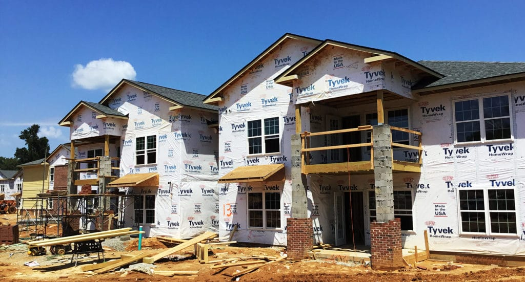Cross Creek Pointe multifamily housing project under construction